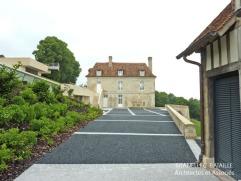 renovation dependance colombages maison normande beaumont en auge