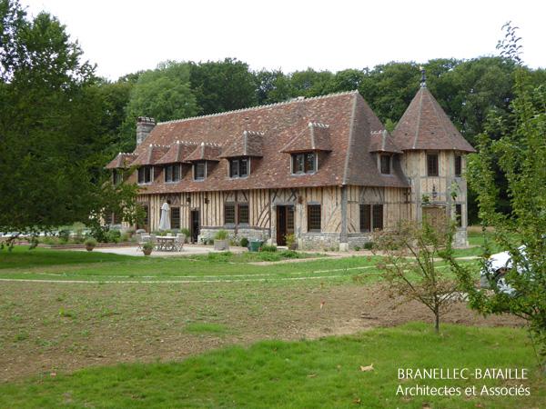 Agrandissement d une maison normande equemauville for Agrandissement d une maison