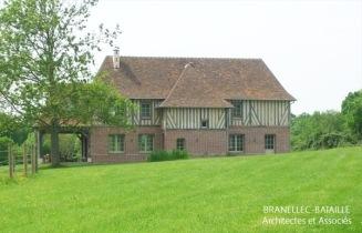construction maison colombages briques saint etienne thillaye