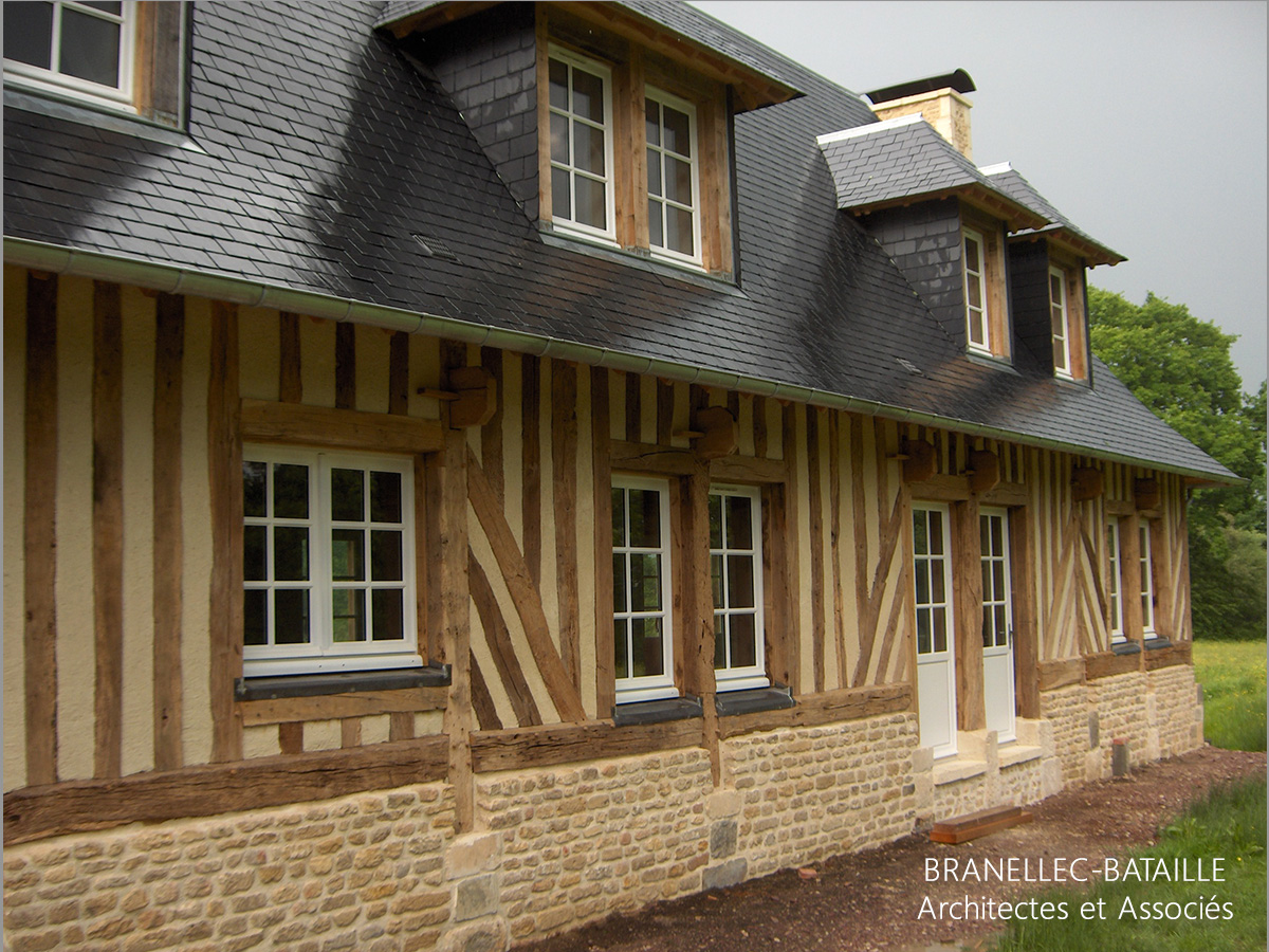 Renovation maison normande de style la maison de base - Leroy merlin tourville ...