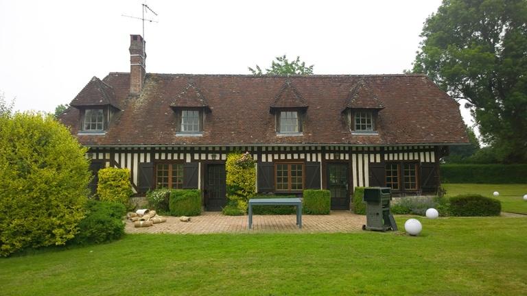 branellec bataille architecte extension maison normande colombages saint hymer