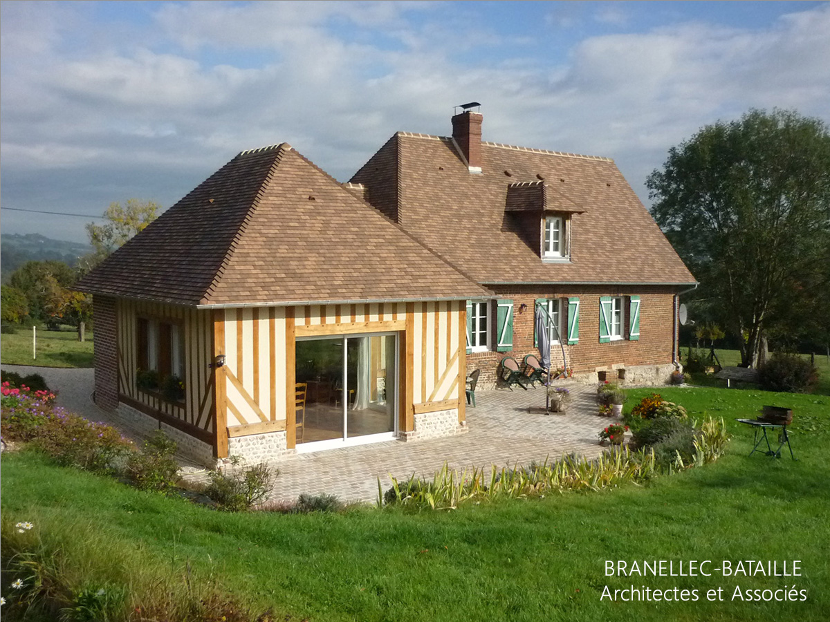 renovation extension agrandissement maison ouilly vicomte pays d'auge colombages tuiles