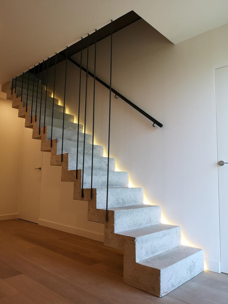 construction maison contemporaine trouville sur mer escalier